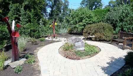 Memorial Garden 2014-08-27 003 450x258